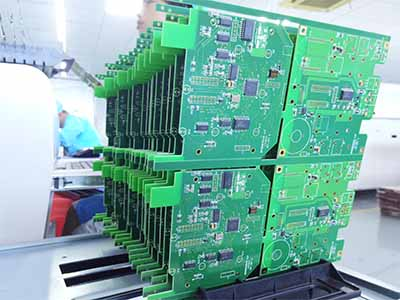 printed circuit board with green solder mask